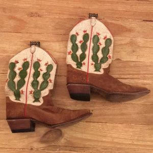 Justin Boots 8B Cactus Crackle Leather & Suede